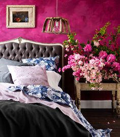 Very Pink Bedroom (!) Well, for your inspiration ..