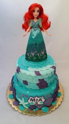 Morská pre Miu :o) Autorka: Miriam 17 | torta, narodeninová torta, torta pre deti, pre dievča, rozprávnková torta | Tortyodmamy.sk