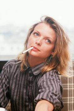 Michelle Pfeiffer Smoking