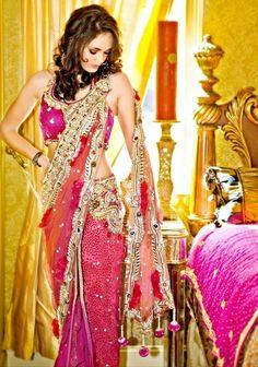 The colors in this sari!!
