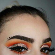 Orange Cut Crease #makeup #eyeshadow #makeupartist