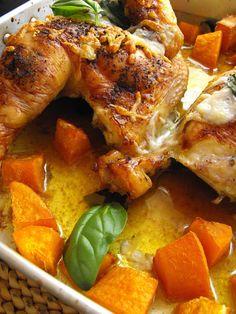 Frango do campo no forno com abóbora - http://gostinhos.com/frango-do-campo-no-forno-com-abobora/
