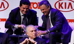 Esquerda Caviar: Bandido de toga Sérgio Moro condena Lula a mais de...