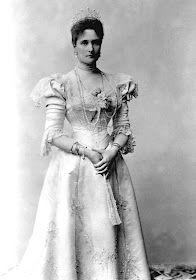 Alexandra Feodorovna, Familia Romanov, Germany, Statue, Running, People, Coffin, Death, Strong