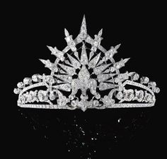 DIAMOND TIARA, CIRCA 1900. This tiara was originally part of the wedding present from Queen Isabella II of Spain to her daughter Infanta María de la Paz, Princess of Bourbon (b.1862-1946), who married Prince Ludwig Ferdinand of Bavaria (b.1859-1949), in 1883 at the Palacio Real, Madrid. Known today as the Bavarian Sunburst Tiara.