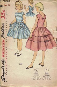 Simplicity #Sewing #Pattern 1950s Girls #Dress Full Circle Skirt Back Bow Sleeveless Summer Dress Above Knee Bust 28 Uncut FF via Etsy.