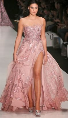 Miss Universe 2013 Contestants at Mercedes-Benz Moscow Fashion Week for Tony Ward Couture | Beauty Contests BLOG