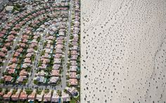 Apr 2015 DAMON WINTER/THE NEW YORK TIMES In California, where lush developments like this one in Cathedral City abut bone-dry desert, a long drought is forcing residents to reconsider the state's identity. New York Times, Ny Times, California Drought, California California, Dry Desert, Desert Sun, Cathedral City, Energy Resources, Money Today