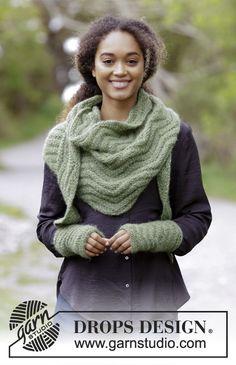 Green Sea / DROPS 180-26 - Sættet består af: Strikket sjal og pulsvarmere med siksak. Arbejdet er strikket i DROPS Air.