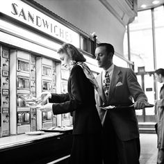 Grand Central Station automat, New York, 1948. (Photo by Rae Russel/Getty…