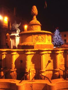 "@Robert Osborn Grassilli: #TheGreatBeauty in Italy is everywhere! #Rimini ""pinecone fountain"" It's from the Roman era,  was renovated in 1543."