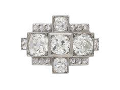 Art Deco diamond cluster ring, circa 1925.