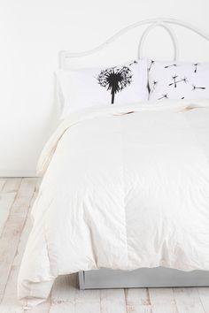 Pillowcase - Set of 2 Dandelion pillow cases. So cute, I already have a black dandelion bed spread (the dandelions are white/gray)! So cute, I already have a black dandelion bed spread (the dandelions are white/gray)! Black Pillows, Cute Pillows, Colorful Pillows, Bed Pillows, Bright Pillows, Pillow Room, Pillow Set, Pillow Talk, Pillow Shams
