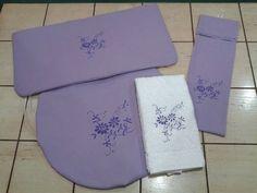 Juego lila simple bordado