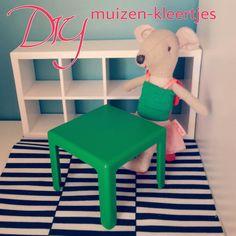 Net als in het Muizenhuis: zo maak je kleertjes voor de knuffels supersnel zelf #Maileg #muis #leukmetkids #speelgoed #poppenhuis #diy #mouse #dollhouse