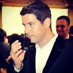 Wonder if Séb liked the smell? Thanks for sharing to FB Alexandra Bedea #sebsoloalbum #teamseb #sebdivo #sifcofficial #ildivofansforcharity #sebastien #izambard #sebastienizambard #ildivo #ildivoofficial #sebontour #singer #band #musician #music #concert #composer #producer #artist #french #handsome #france #instamusic #amazingmusic #amazingvoice #greatvoice #tenor #teamizambard