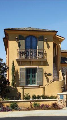 tuscan details