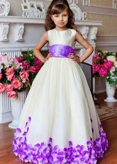 85 Mejores Imágenes De Vestidos De Graduacion De Kinder