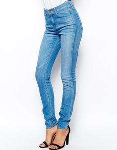 Wrangler Jess High Waist Skinny Jeans With Sunny Skin Treatment