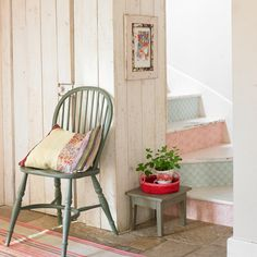 10 of the best upcycling ideas anyone can do!