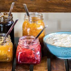 Kávékrémes-diós süti   Nosalty Monkey Bread, Tempura, Salsa, Food, Essen, Salsa Music, Meals, Yemek, Eten