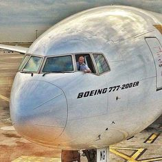Emirates Boeing 777-21H/ER