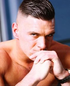 40 Macho Military Haircuts For Men - Haircuts Ideen Side Hairstyles, Latest Hairstyles, Cool Haircuts, Haircuts For Men, Military Haircuts Men, Short Hair Cuts, Short Hair Styles, High Fade Haircut, Hair And Beard Styles