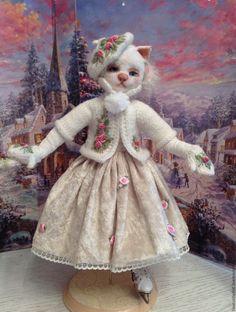 Купить Кошка на коньках - белый, кошка, белая кошка, коньки, кошка на коньках, авторская кукла