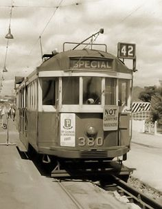 M&MTB No 380 in Miller Street, Preston, January 1967. Now at the Melbourne Tram Museum @ Hawthorn Depot. Read its story at http://www.hawthorntramdepot.org.au/trams/mmtb380.htm. Photograph courtesy Mal Rowe.