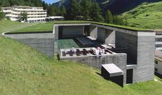 the-therme-vals-by-peter-zumthor-02.jpg (2708×1584)
