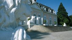 Schloss Benrath. Mehr: http://www.coolibri.de/staedte/duesseldorf/sehenswuerdigkeiten/schloss-benrath.html