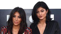 Kim Kardashian West teme versão com sucesso da irmã mais nova http://angorussia.com/entretenimento/fama/kim-kardashian-west-teme-versao-com-sucesso-da-irma-mais-nova/