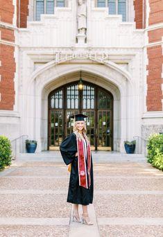 College Graduation Photos, College Senior Pictures, College Graduation Pictures, Graduation Picture Poses, Graduation Photoshoot, Grad Pics, Grad Pictures, Senior Photos, Cap And Gown Pictures