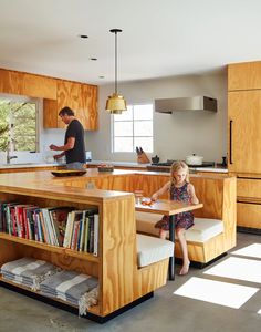 A vintage Palm Springs house was begging for an overhaul. Simple plywood built-ins offered a visually appealing (and cost-effective) solution. Kitchen Interior, New Kitchen, Kitchen Island, Interior Architecture, Interior Design, Küchen Design, Built Ins, Home Kitchens, Living Spaces