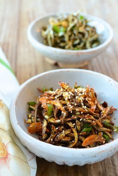 Asian Bowls, Korean Food, Quick Easy Meals, Japchae, Stir Fry, Seafood, Side Dishes, Spicy, Dinner