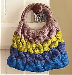 Cable Ready Bag-I would make it in different colors than these....FREE PATTERN