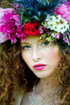 Boho Chic Make-up Love Flowers, Flowers In Hair, Beautiful Flowers, Floral Headpiece, Floral Fashion, Floral Hair, Flower Market, Her Hair, Flower Power