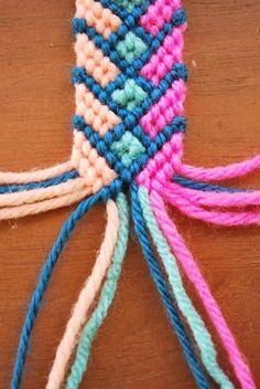 pulsera de 4 colores, plana. tutorial