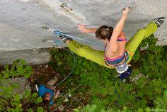 Florence Pinet, Baile Herculano, Roumanie, escalade, rock climbing, souplesse, femme © Vallot