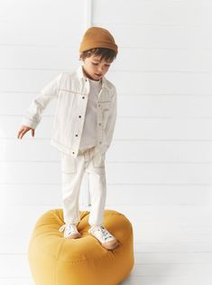 Garment dyed jacket - Outfit for Xmas Winter Session 2019 - Kids Style Kids Fashion Boy, Toddler Fashion, Baby Outfits, Cool Kids Clothes, Stylish Kids, Kid Styles, Kids Wear, Zara Australia, Boy Dress