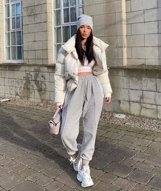 Cute Comfy Outfits, Casual Fall Outfits, Winter Fashion Outfits, Trendy Outfits, Casual Wear, Women's Casual, Best Outfits, Sneakers Fashion Outfits, Outfit Winter