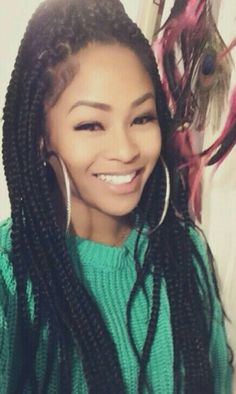 Perfect Box Braids Her Face is Amazing Poetic Justice Braids, Marley Twists, Marley Twist Styles, Marley Braids, Marley Hair, Weave Hairstyles, Pretty Hairstyles, Summer Hairstyles, Curly Hair Styles