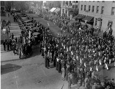 Parade, 1930s, Cadiz Ohio Cadiz Ohio, 1930s, Dolores Park, Travel, Viajes, Destinations, Traveling, Trips