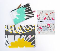 Buy an iPad cover + notebook. Get a FREE everyday purse worth A Team, Screen Printing, Cool Stuff, Stuff To Buy, Ipad, Notebook, Purses, Sewing, Cover