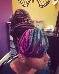 #longlivelocs #locs #locenvy #locsilove #locstyles #womenwithlocs  #coloredlocs #locswithcolor #mermaidlocs #womenlocstyles
