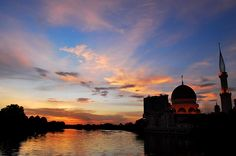Sunset in Klang Town, Selangor. Klang is also one of the few Royal Town in Malaysia.