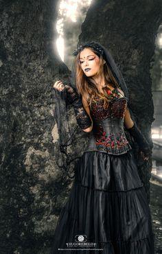 fantastiche immagini su 2019 Goth nel Gothic fashion amp; Dark 745 4qAxd4