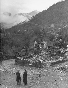 Civil War/Greece The Mayor chatting with Lt.Location:Louzesti, Greece Date taken:December 1947 Photographer:John Phillips Still Photography, In Ancient Times, Black N White Images, Crete, Cyprus, Black And White Photography, Vintage Photos, The Past, Archive