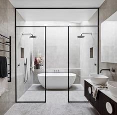 The Block& Alisa and Lysandra are renovating a historic home - - .- Die Block's Alisa und Lysandra renovieren ein historisches Haus – – The Block& Alisa and Lysandra are renovating a … - Modern Master Bathroom, Modern Bathroom Design, Bathroom Interior Design, Small Bathroom, Wet Room Bathroom, Bathroom Showers, Bathroom Designs, Bathtub In Shower, Bathroom Black