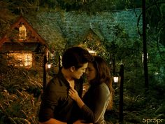 Photomanipulation of the Cottage in Breaking Dawn pt made on my iPad `All characters of my work belong to their rightful owners. The Cottage Twilight Breaking Dawn, Breaking Dawn Part 2, Twilight Saga Series, Twilight Movie, Edward Bella, Edward Cullen, Vampire Twilight, Twilight Photos, Perfect Love